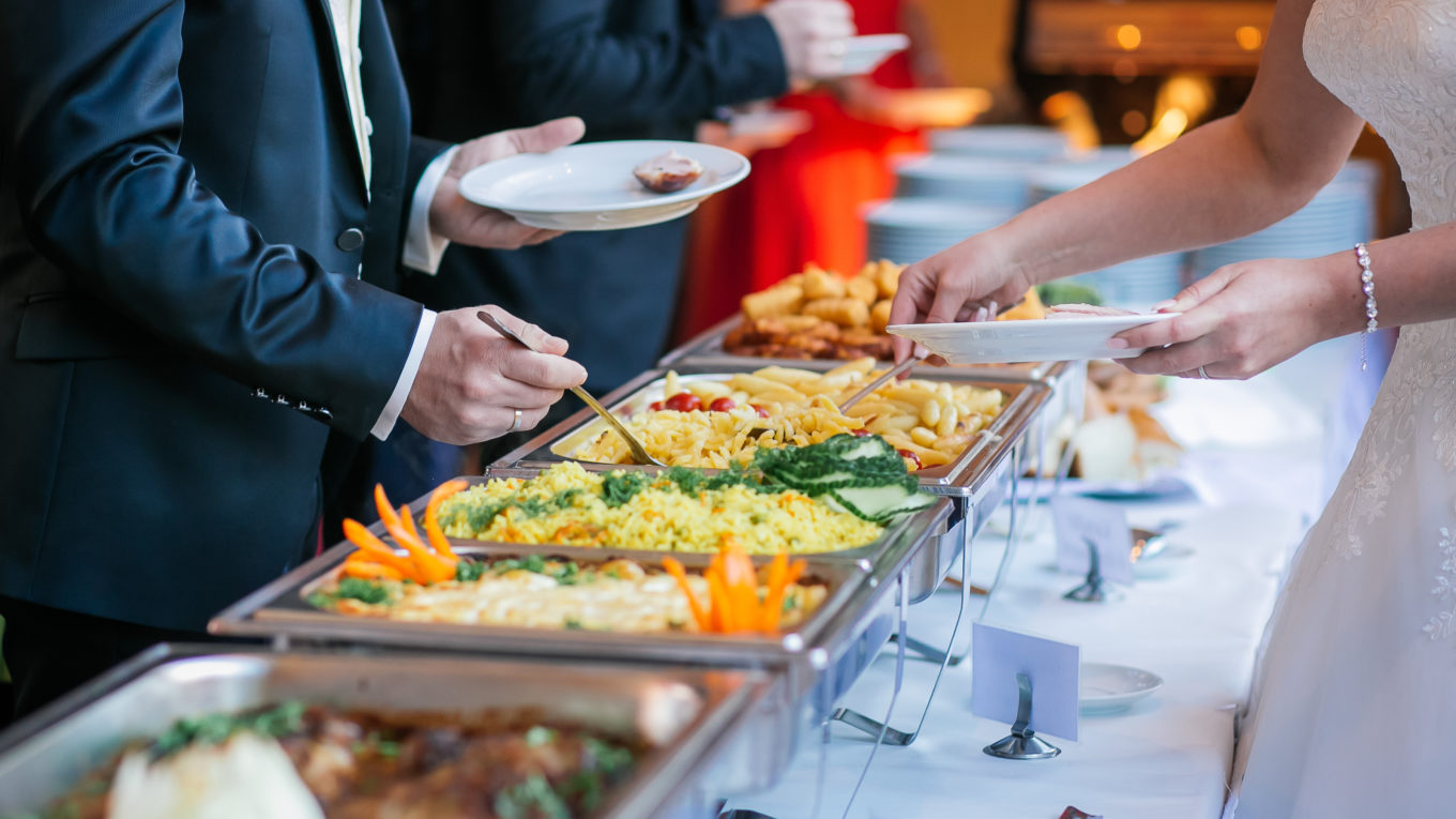 Concerned About The Cost Of Wedding Catering? Contact A Good Wedding Caterer